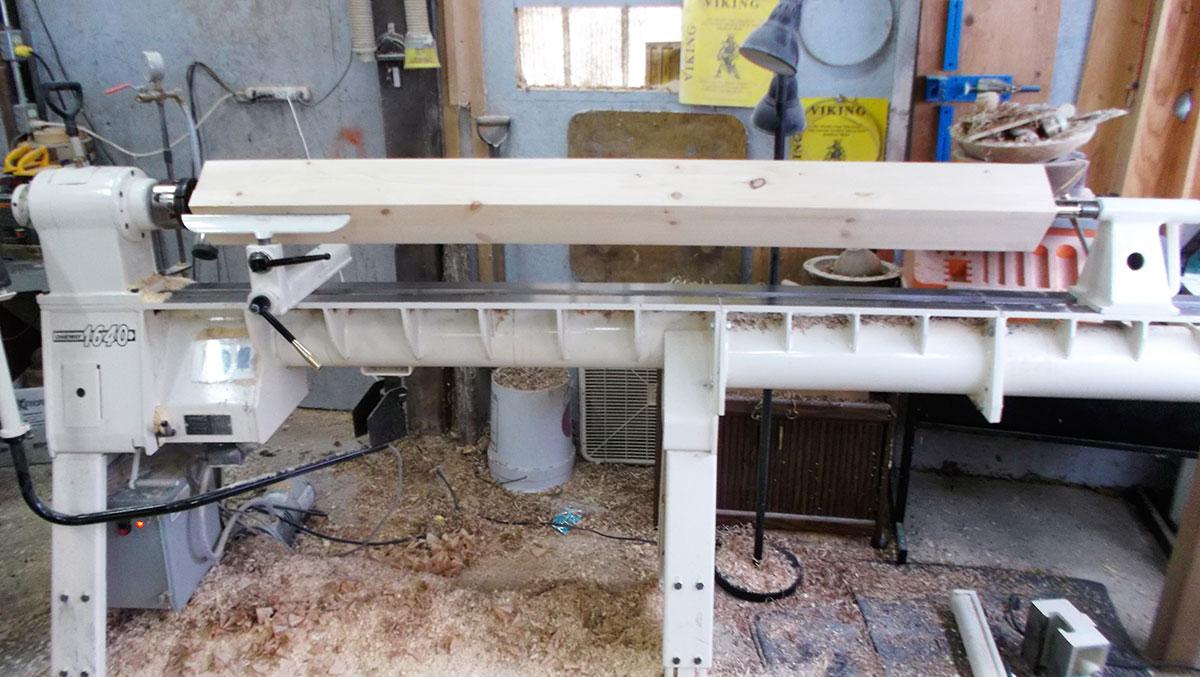 lathe used for custom architectural woodturning